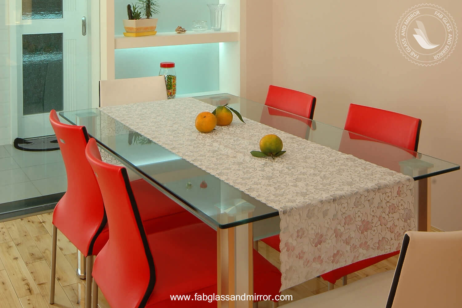 1. Select a perfect dining table
