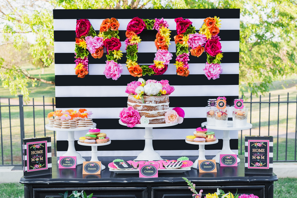 1-Mothers-Day-Brunch-Food-Table-and-MOM-Backdrop