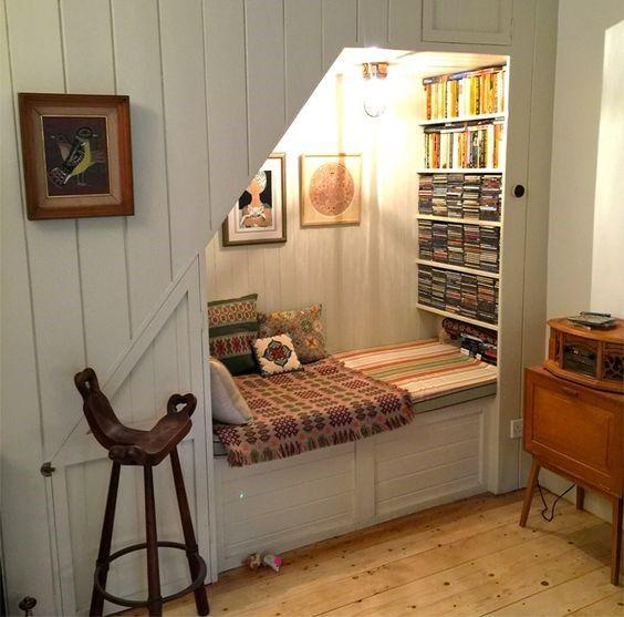 Under Stair Storage: Creative Ideas Of Making Shelves