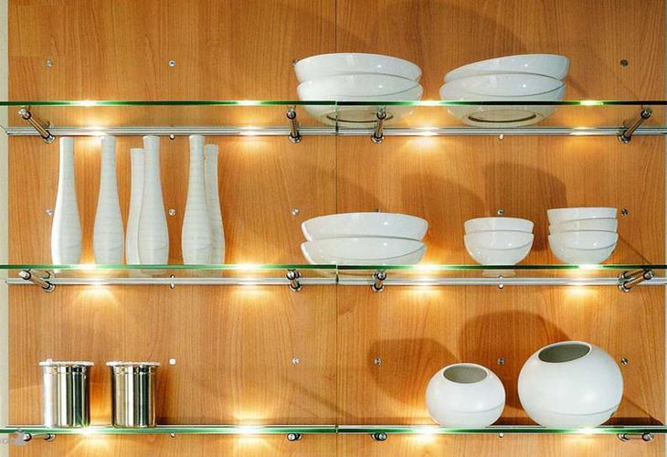 glass-shelves-kitchen