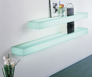modern_illumated_glass_shelving_3