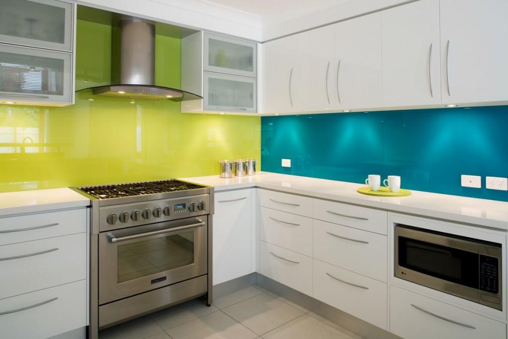 Modern Kitchen with Glass Interior