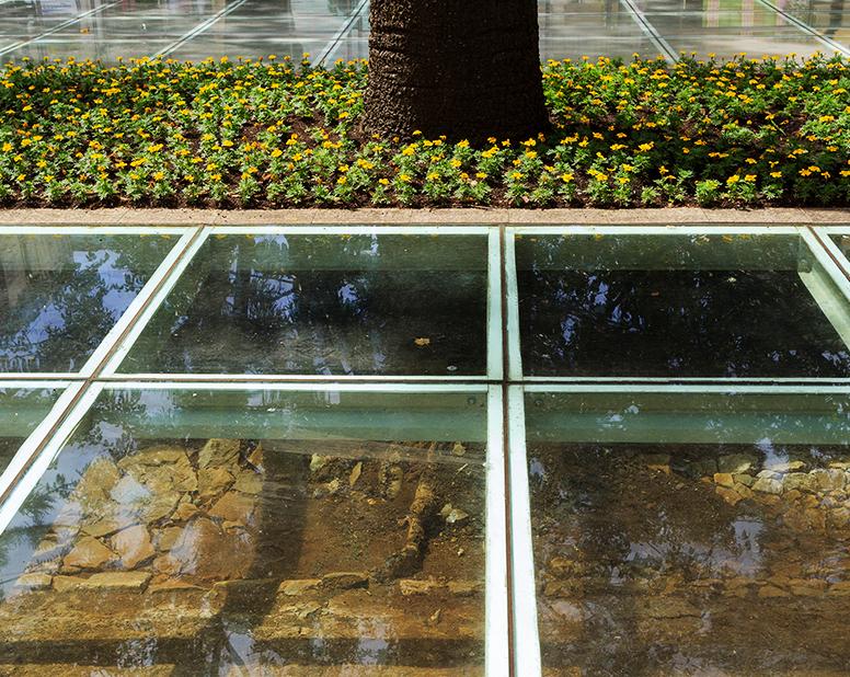 floor-laminated-glass