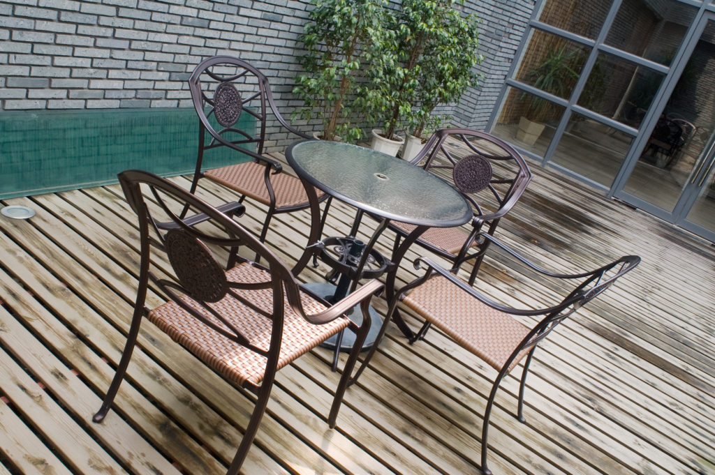 Glass Table Top Replacement Why You Need To Invest In New Fab Glasirror - Replacing Glass Outdoor Table Top