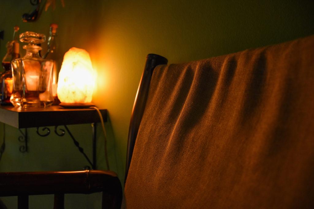 Salt lamp for better sleep
