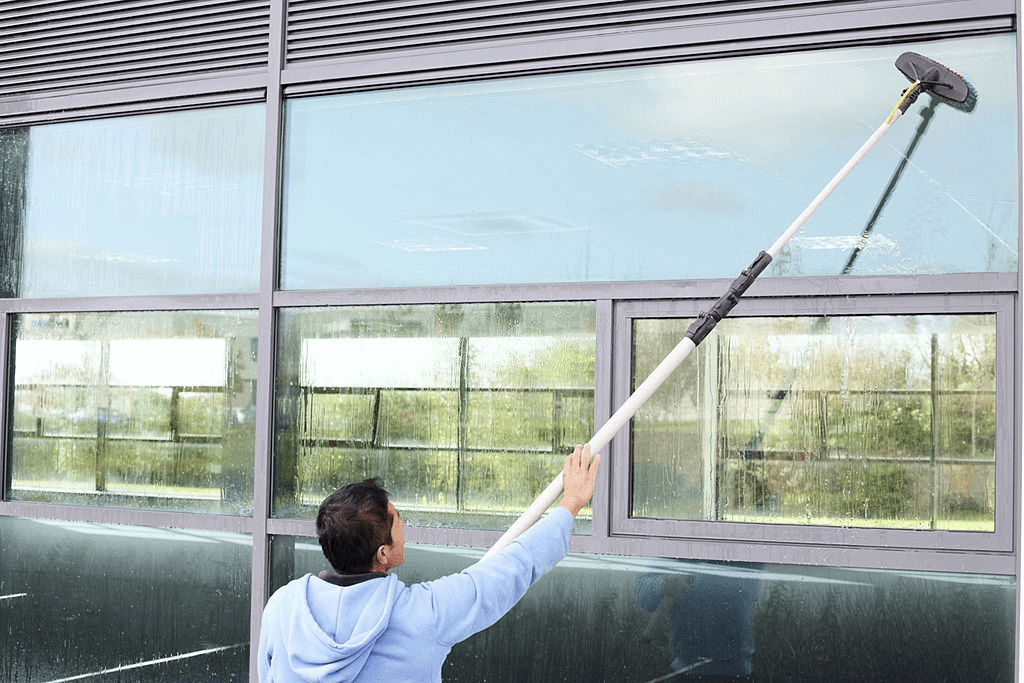 extendable window cleaner